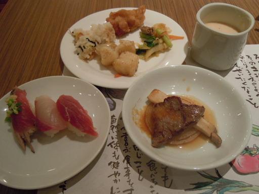 牛肉のグリルと寿司