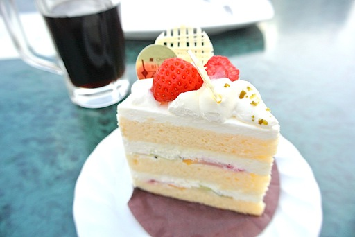 ホワイトチョコレートショートケーキ