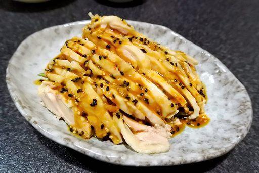 蒸し鶏肉の四川風冷菜