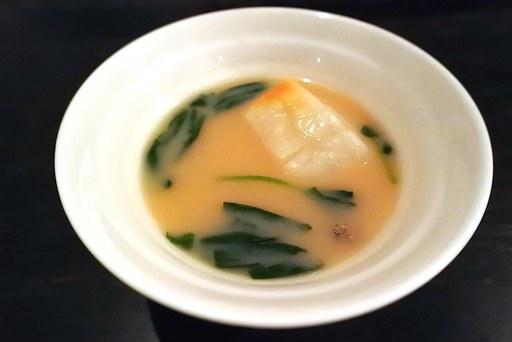 白味噌仕立てのスープ