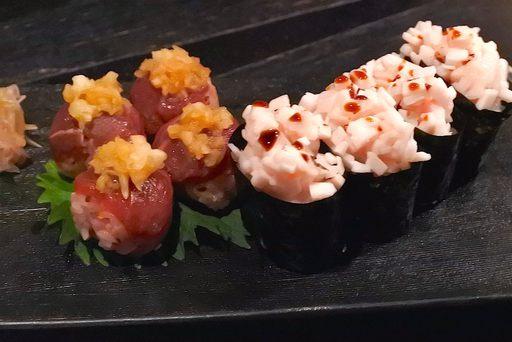 寿司 タテガミの軍艦 佐賀海苔、背中の赤身のロースの手まり寿司 柚子の香り