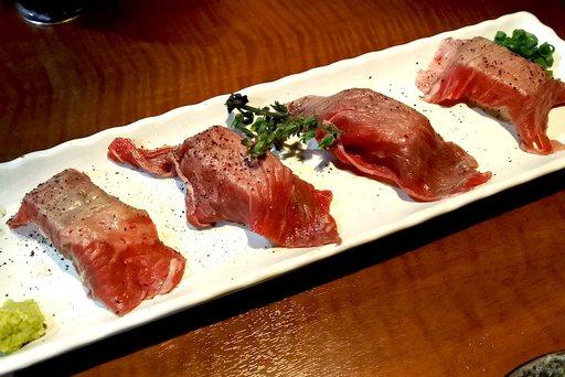 炙り肉寿司
