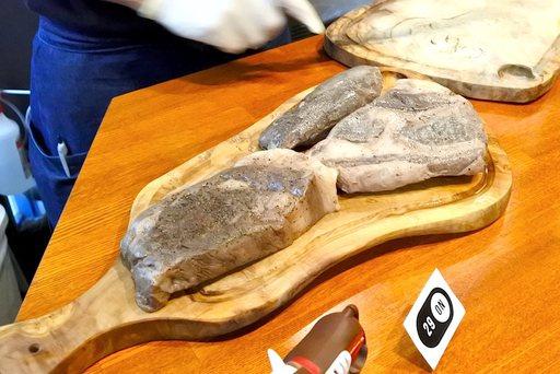東京ビーフの肩ロース、ぽろしり牛のヒレ肉、サーロイン