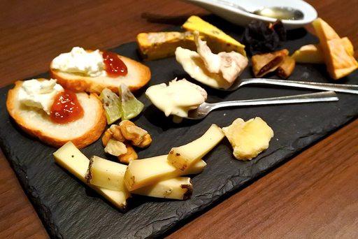 オススメチーズ5種盛り