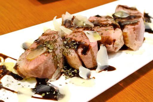 鴨肉 バルサミコソース  パルメザンチーズ