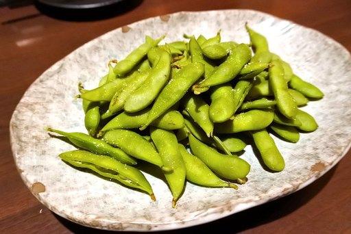 釜茹で茶豆
