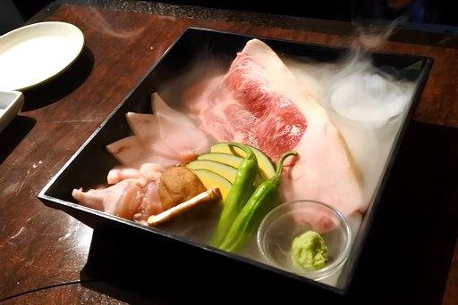 肉の玉手箱