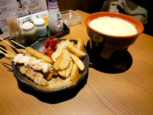 焼き鶏チーズフォンデュ