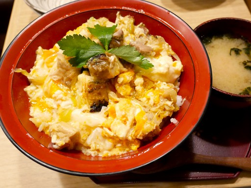 比内地鶏卵の親子丼