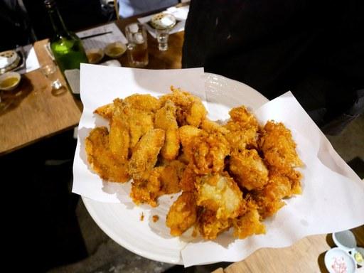 氷結熟成牡蠣によるフライと天ぷらの食べ比べ