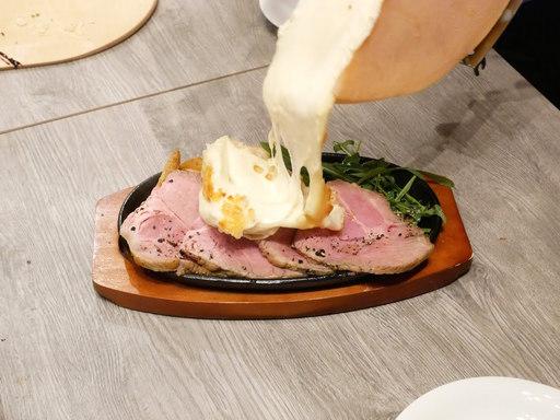 ハイジのとろけるプレミアムラクレットチーズ