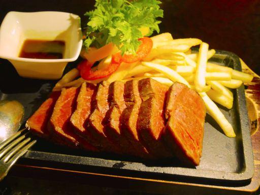 牛赤身肉のロースト