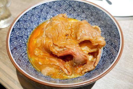 究極の肉ちゃんすき焼き丼