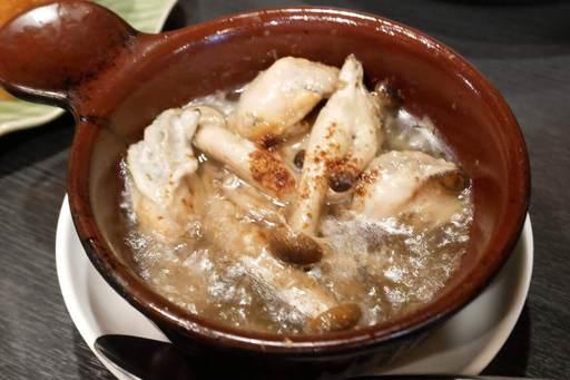 牡蠣とキノコのエスニックアヒージョ