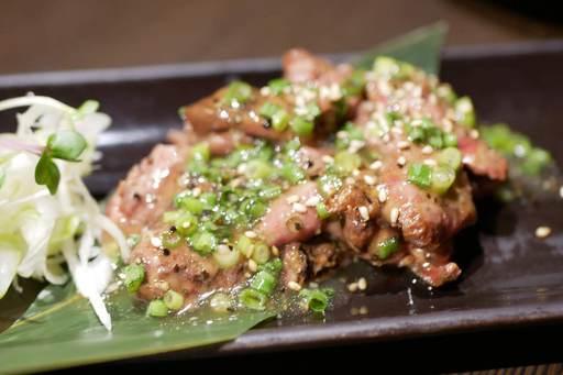 阿波鶏の葱塩炙りレバー