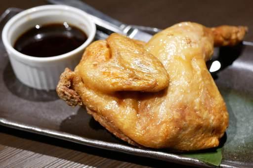 薩摩悠然ハーブ鶏の半身揚げ ホットサワーソース添え