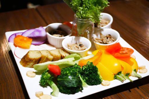 露地野菜のバーニャカウダ