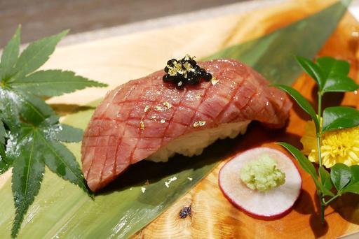 神戸肉 特選炙り握り
