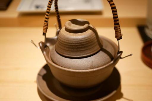 鱧と松茸と白芋の土瓶蒸し