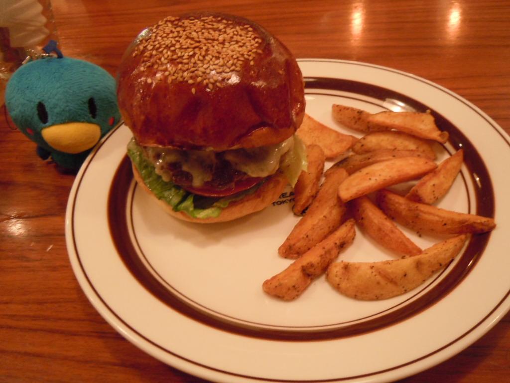 http://dinner.tokyo-review.com/image3/DSCN0032%5B1%5D.JPG