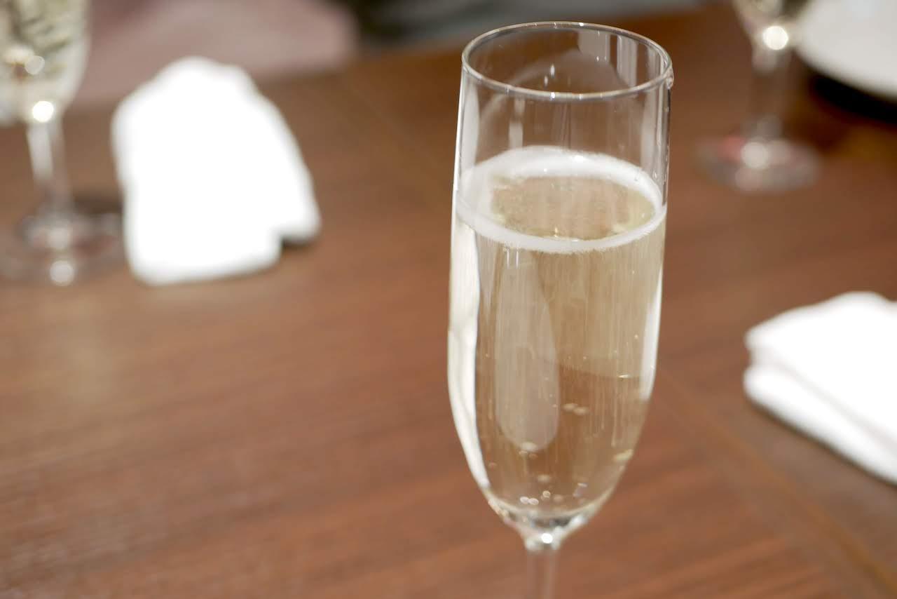 http://dinner.tokyo-review.com/images/1250181.jpg