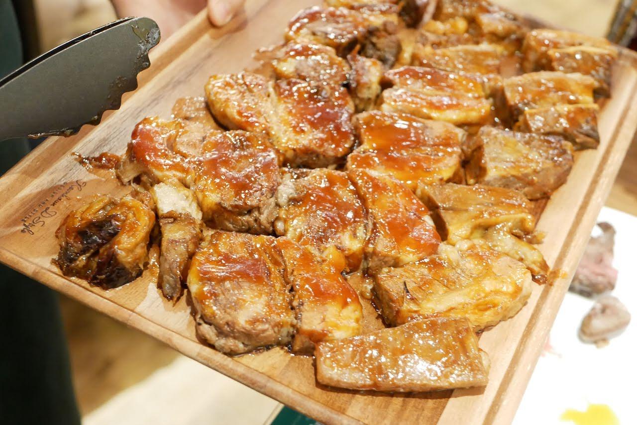 http://dinner.tokyo-review.com/images/1250435.jpg