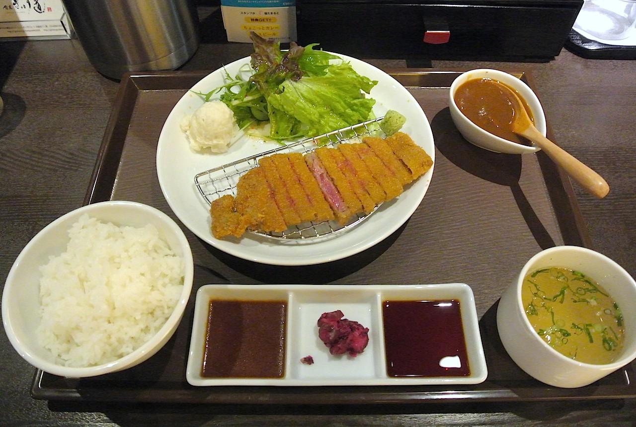 http://dinner.tokyo-review.com/images/DSC_5879.jpg