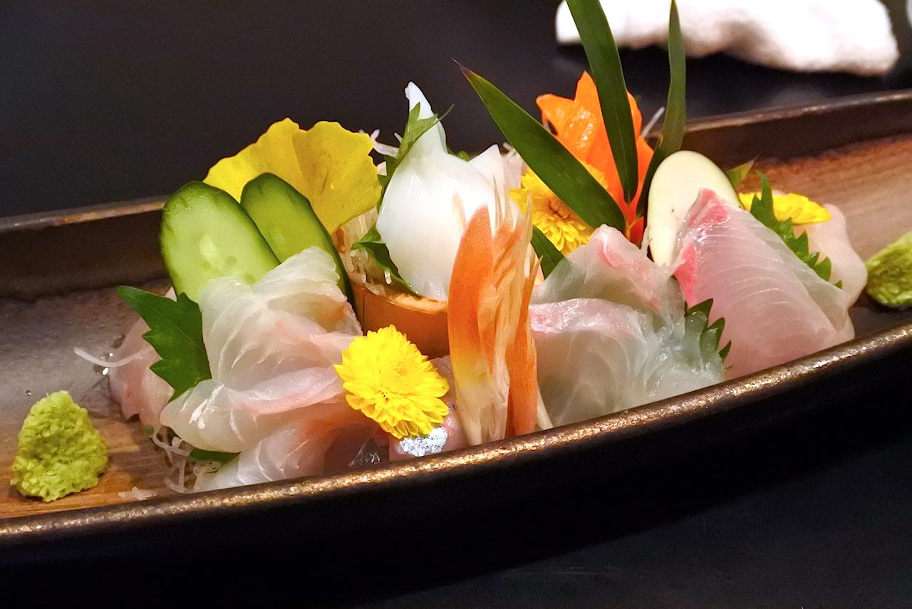 http://dinner.tokyo-review.com/images2/DSC_8499.jpg
